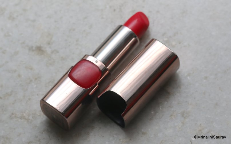 Loreal Color Riche Lincoln Red Lipstick