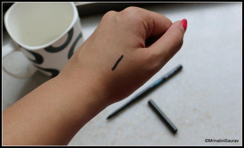 Lakme Eyeconic Kajal Deep Black Hand Swatch