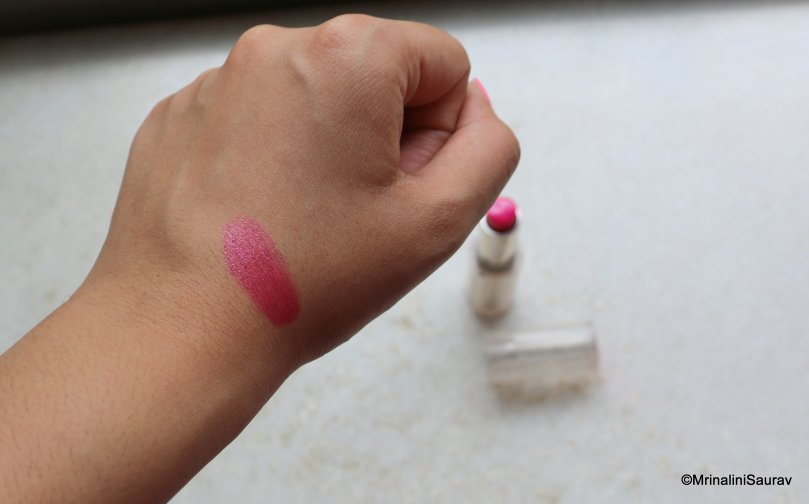 Loreal Paris Rouge Caresse Lipstick Impulsive Fuchsia Swatch Review