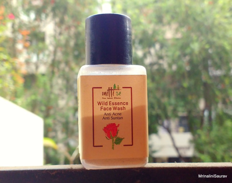 Mitti Se Wild Essence Face Wash | Review