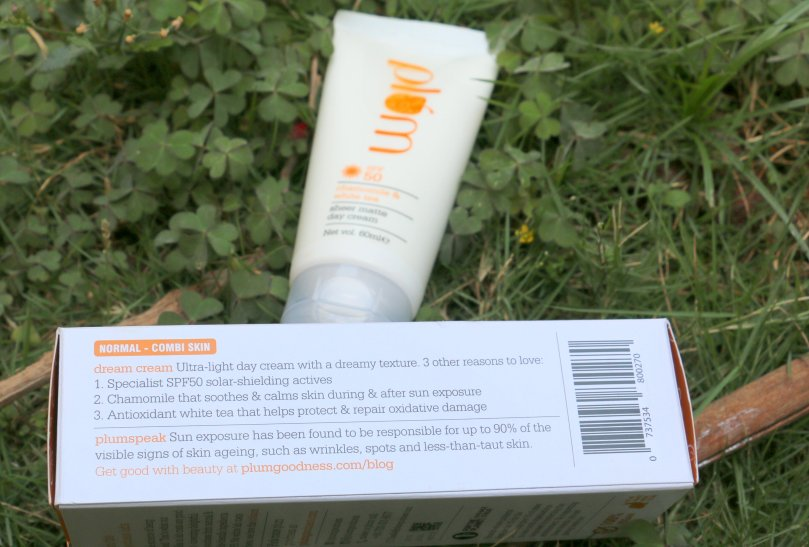 Plum Chamomile & White Tea Sheer Matte Day Cream | Review