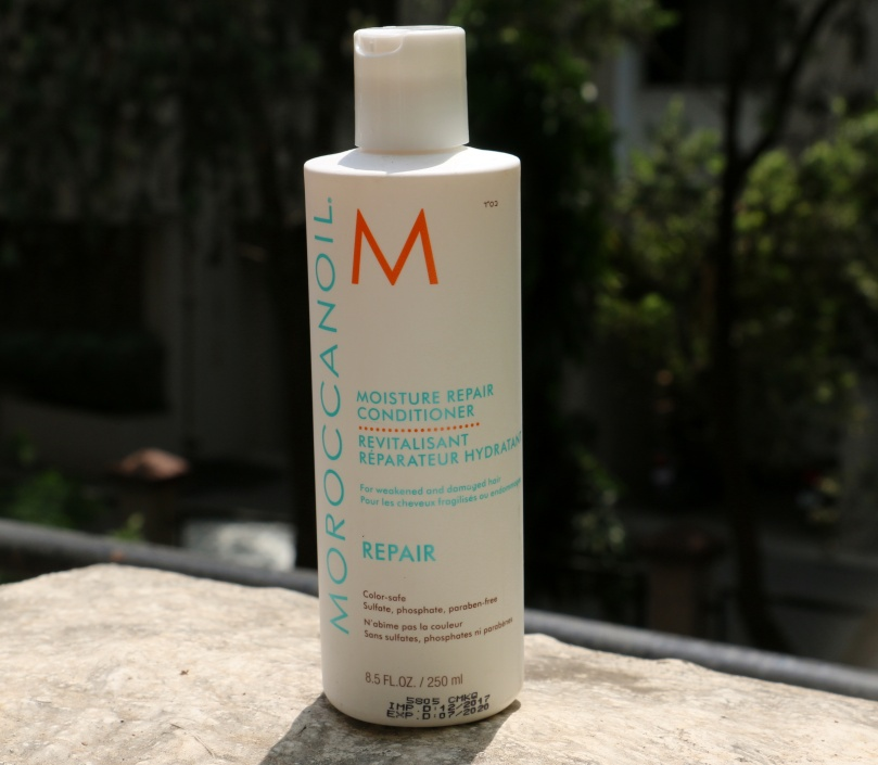 Moroccan Oil Moisture Repair Conditioner | Review