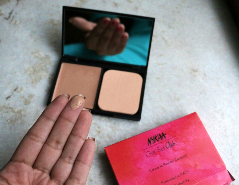 Nykaa Get-Set-Click Creme to Powder Compact | Review and Swatches | Hazel Glory - 03