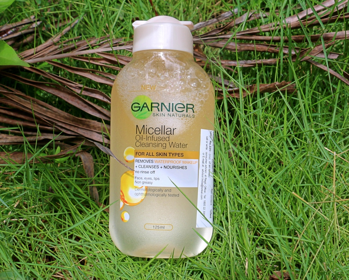 Garnier Micellar Oil Infused Cleansing Water Review Lipstickforlunch 125ml