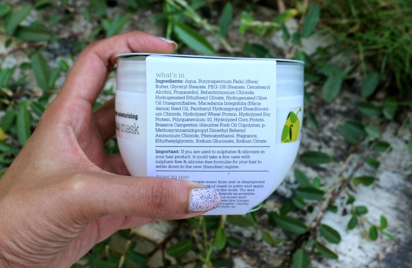 Plum Olive & Macadamia Mega Moisturising Hair Mask | Review
