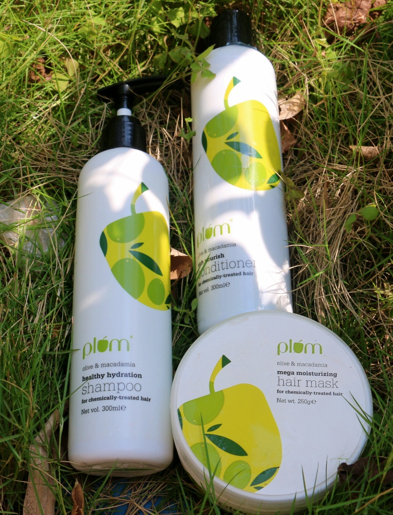 Plum Olive & Macadamia Haircare Range | Review